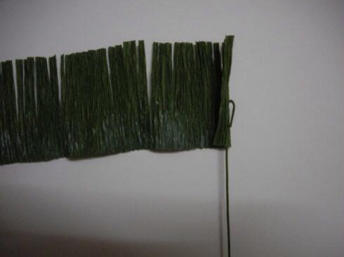 皱纹纸波斯菊制作方法 第9步