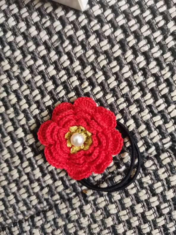 送你一朵小红花🌸发绳