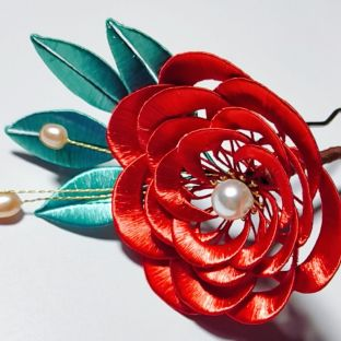 手工缠花教程之进阶山茶花的缠法,缠花需要耐心,你也可以的!