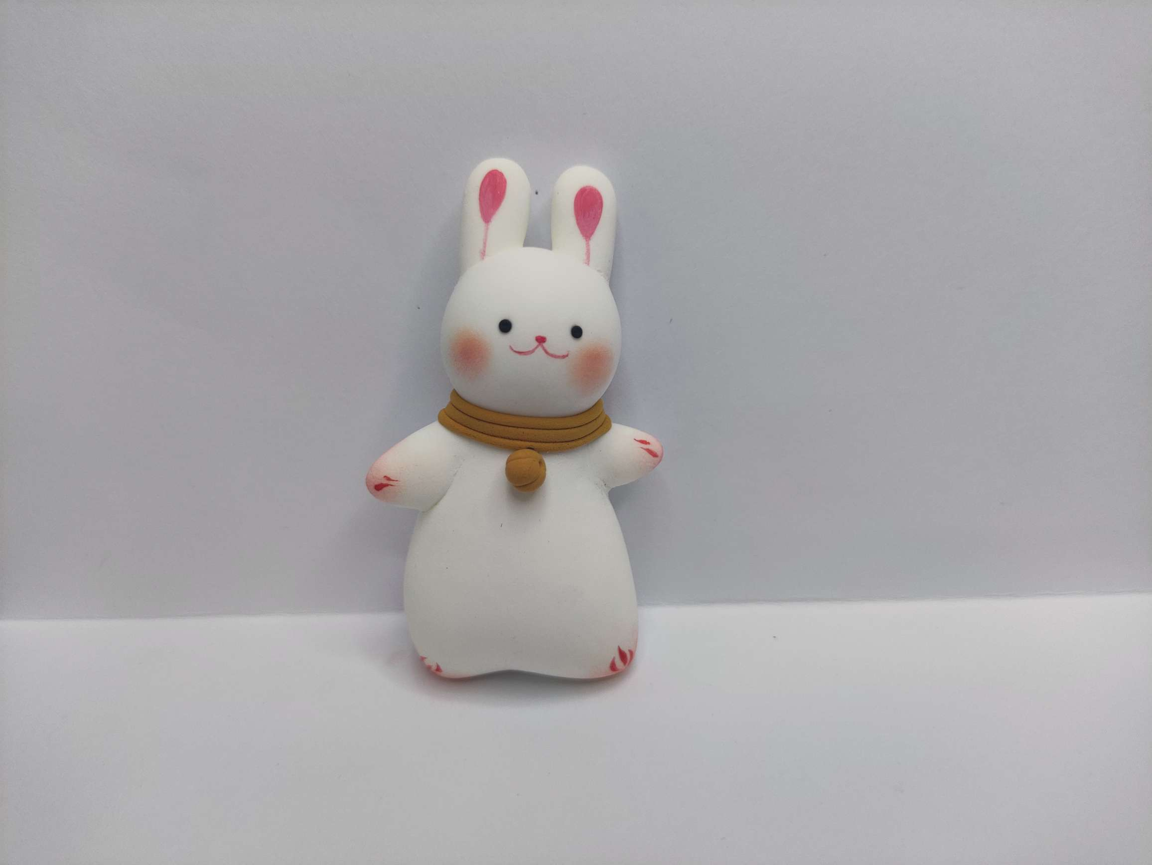 有手就行的兔兔酱一只。