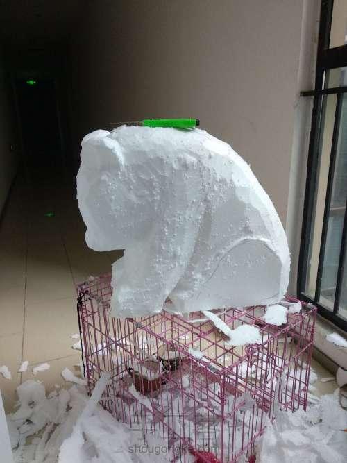 泡沫雕刻熊猫 第3步